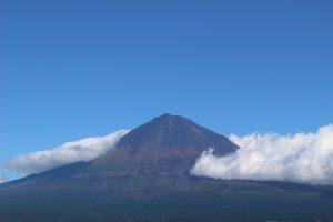 台風一過の富士山の写真