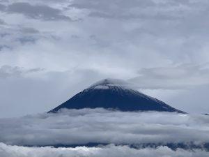 富士山の初冠雪
